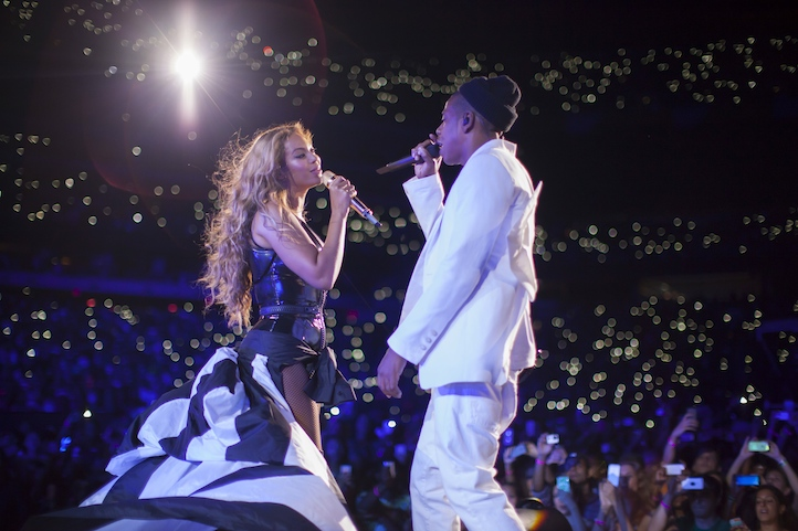 , On The Run Tour: East Rutherford, NJ, Life+Times